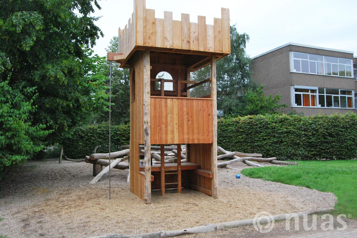 Spielturm - nuas® Häuser aus Holz und Weiden