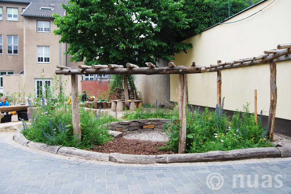 Duftgarten und Versammlungsort - nuas® Spiellandschaften