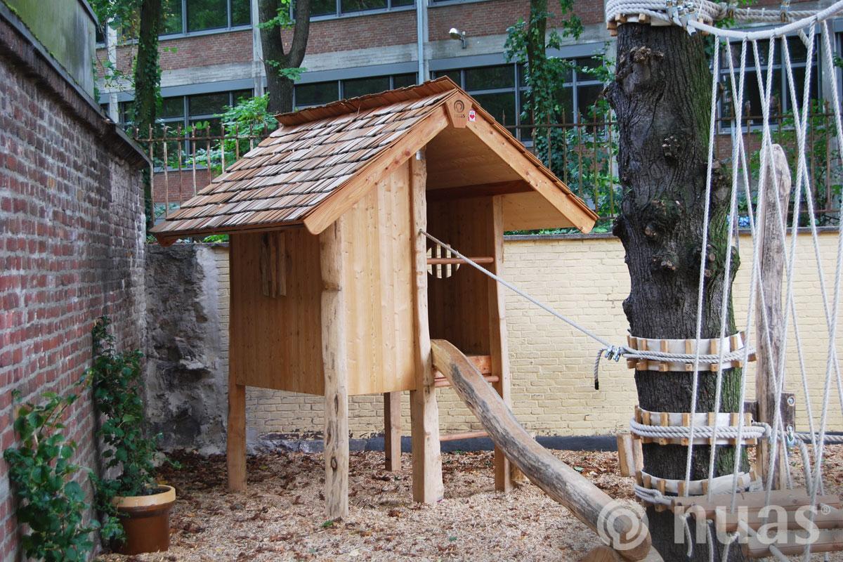 vom Seilpfad ins Gipfelhaus - nuas® Häuser aus Holz und Weiden