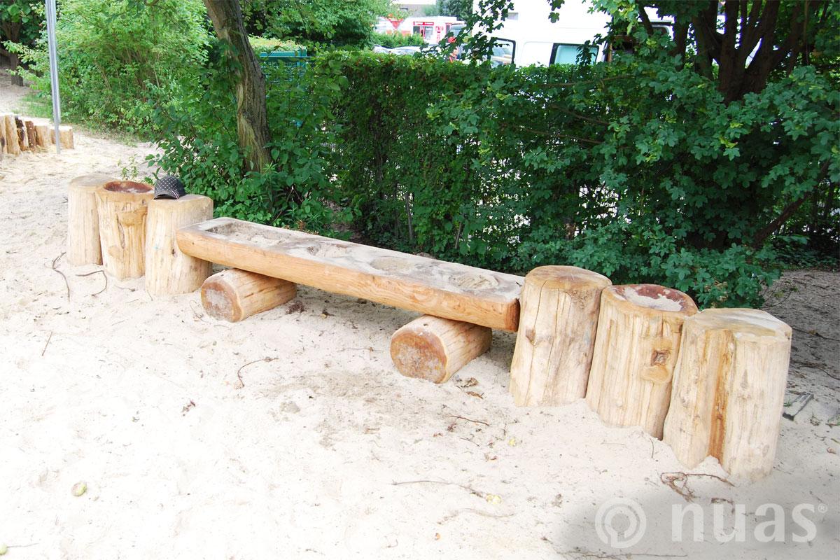 Sandküche mit Heckenwand - nuas® U3 Naturspielräume