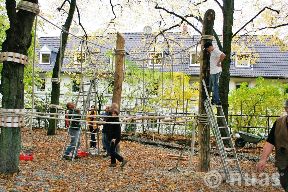 nuas Seillandschaft Baumstammwege Soziale Aktion Carl Ruß Schule Solingen